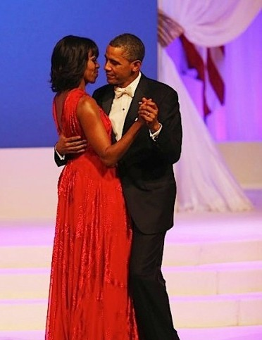 Michle and Obama Dancing