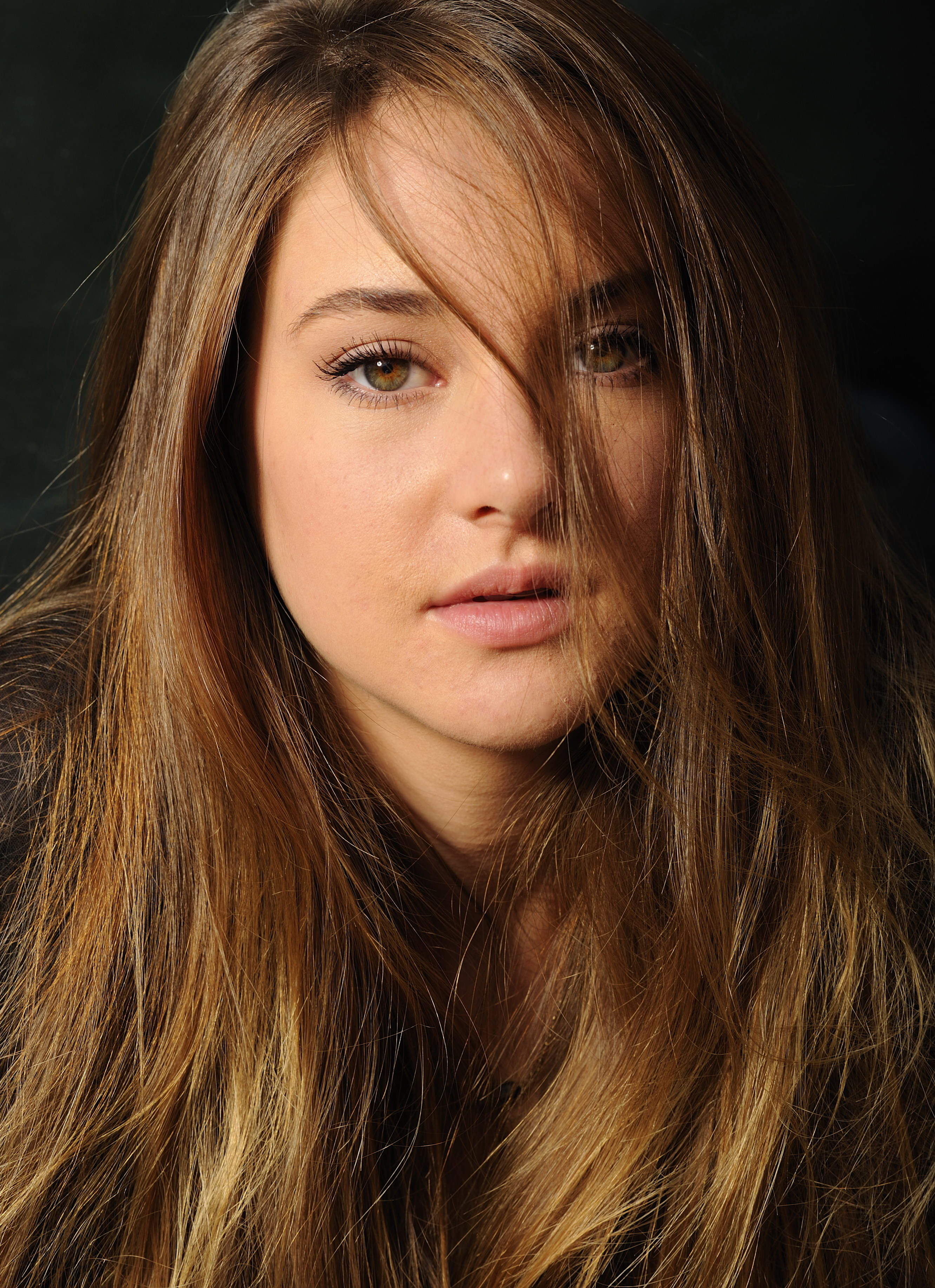 Shailene Woodley reese witherspoon
