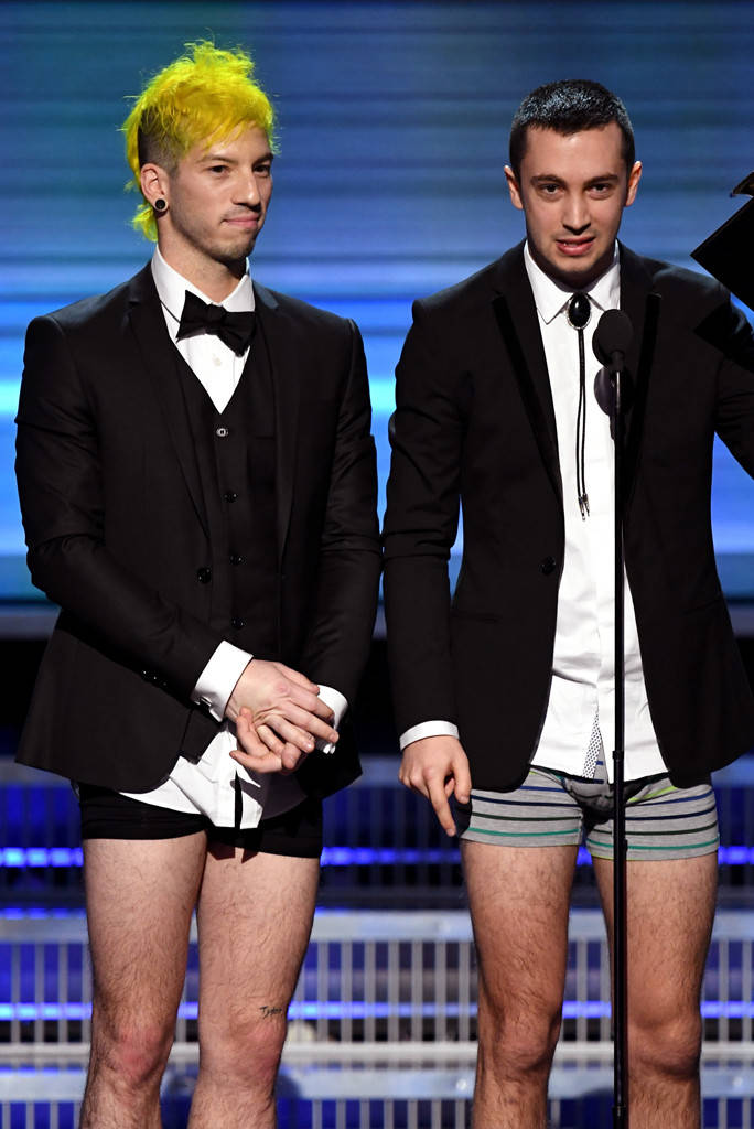 21-pilots-winning-grammy-underwear