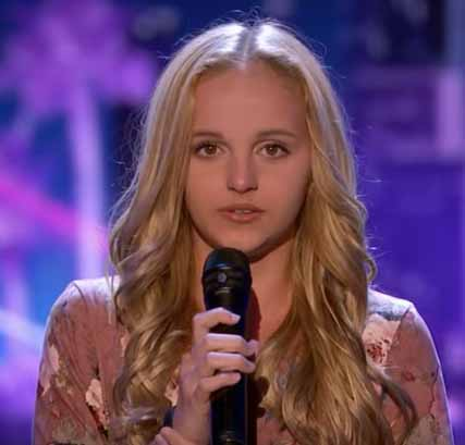 Evie Clair 1