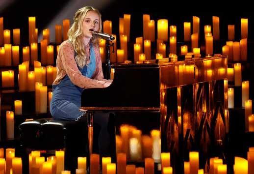 Evie Clair 2